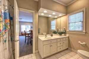 052_Bathroom